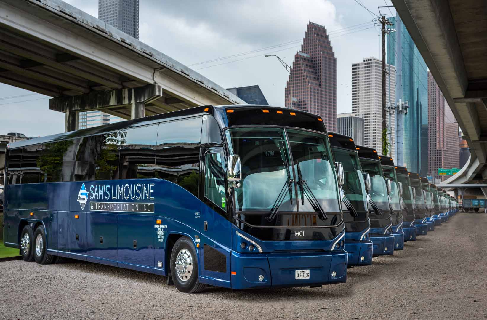 Charter Bus | Houston, TX | Call 800-288-4726 Toll Free