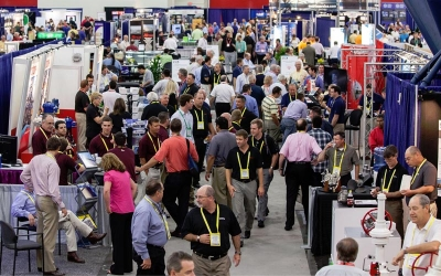 Get Reliable Shuttle Bus Service to Ferry Attendees for your Houston Trade Show